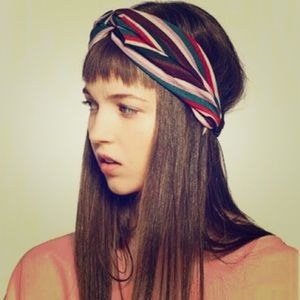 Zara accesories turban with lines